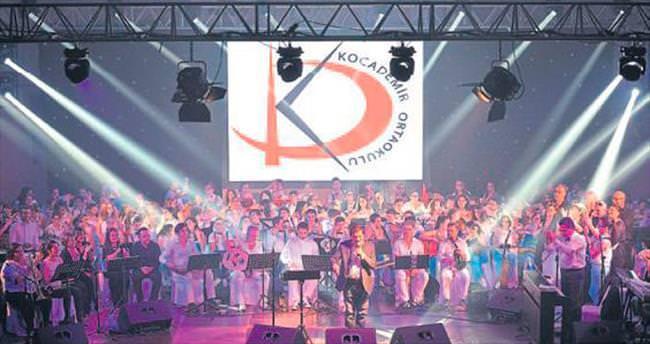 Öğrencilerden süper konser