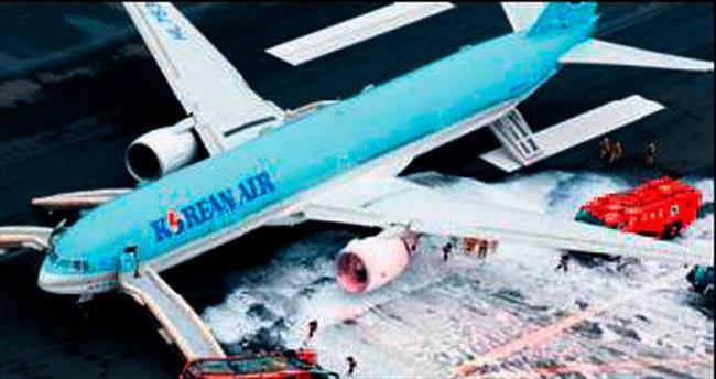 Haneda Havaalanı'nda felaket ucuz atlatıldı