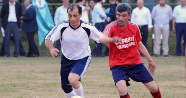 Ak Parti'nin futbol turnuvasında şampiyon il başkanlığı oldu
