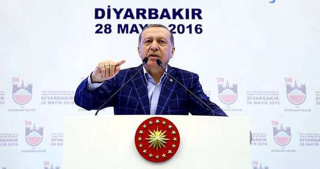 Cumhurbaşkanı Erdoğan Diyarbakır'dan ayrıldı