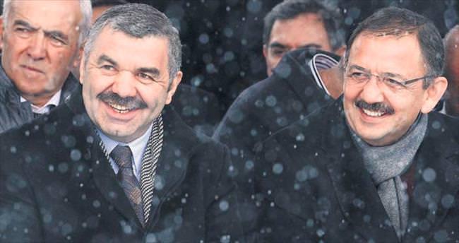 'Efsane başkan Özhaseki efsane bakan olacak'