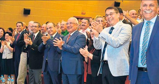 Mersin'de yenilenebilir enerji masaya yatırıldı
