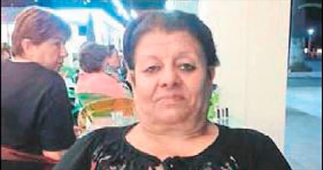 Hırsız, ev sahibi kadını boğazından bıçakladı