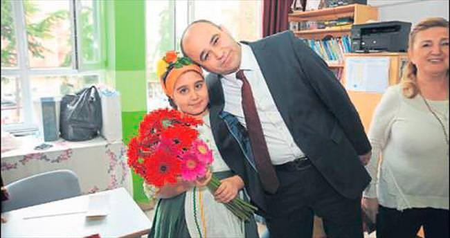 İzmir'in yeni Milli Eğitim Müdürü Yahşi oldu