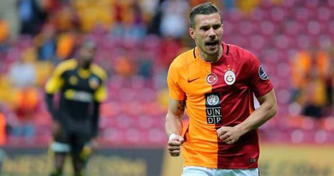Podolski: Kadıköy'ü yıkacağım