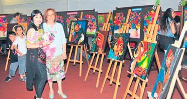 Öğrencilerden resim sergisi