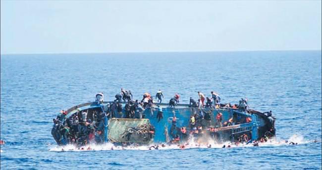 Bir haftada 40'ı çocuk 700 mülteci öldü