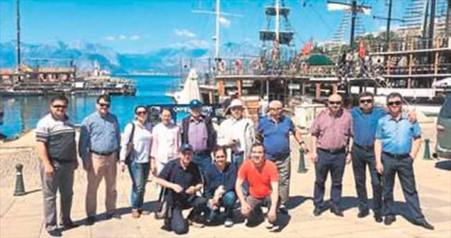 Kazaklara Antalya tanıtımı yapılıyor