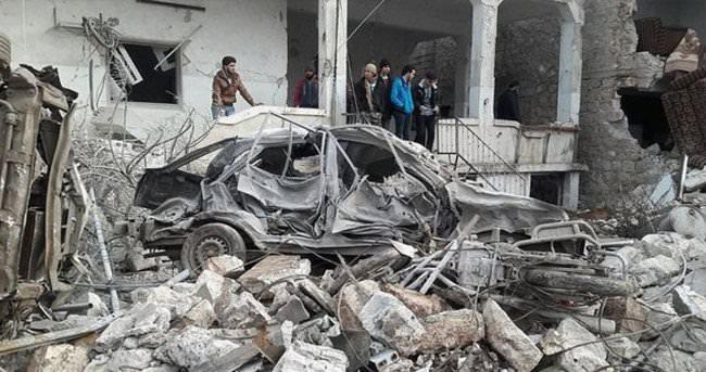 Rus uçakları İdlib'de sivilleri hedef aldı