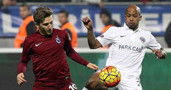Bursaspor Del Valle'yi kiralıyor