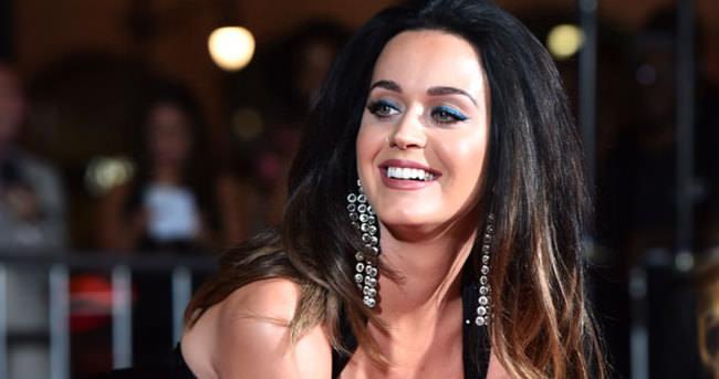 Dünyaca ünlü pop yıldızının Twitter hesabı hacklendi