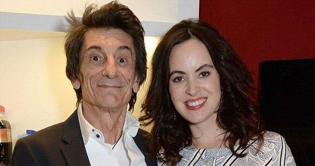 Ronnie Wood 68 yaşında baba oldu