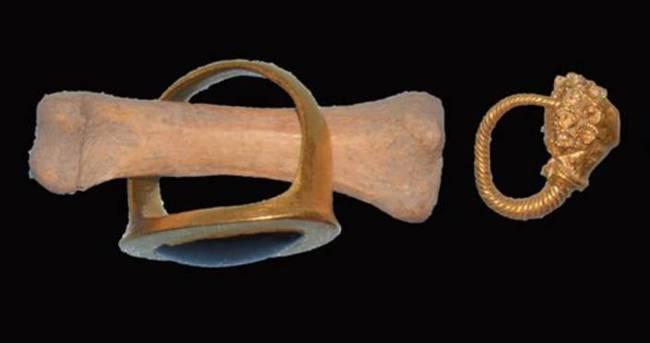 Muğla'da 2 bin 500 yıllık süs eşyaları bulundu