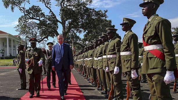 Cumhurbaşkanı Erdoğan Uganda'ya geldi