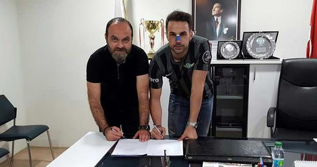 Serdar Kesimal, Akhisar'a imza attı