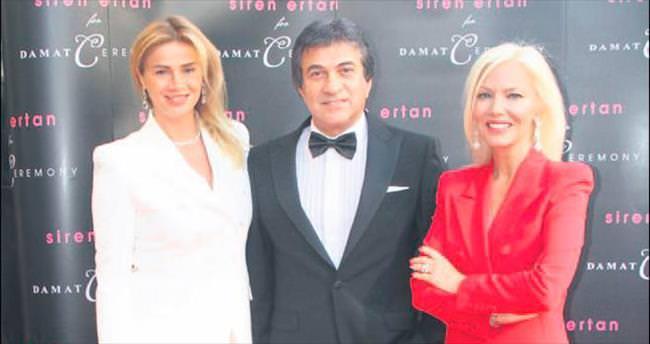 Ertan'dan kadınlara özel smokin
