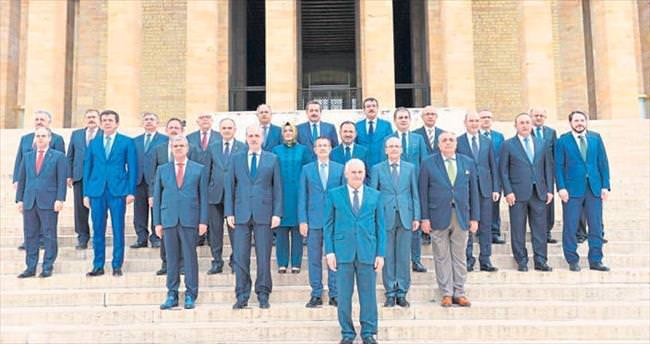 Yıldırım: İzmirliler istesin biz yapalım