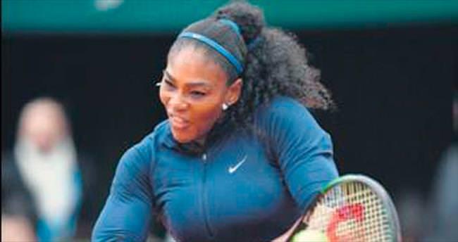 Serena zorlanmadı