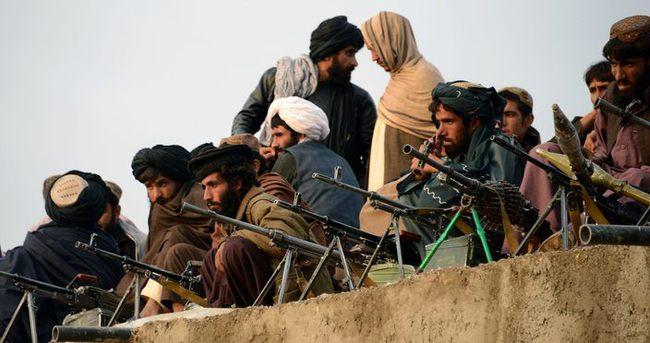Taliban, Afganistan'da 17 yolcu kaçırdı