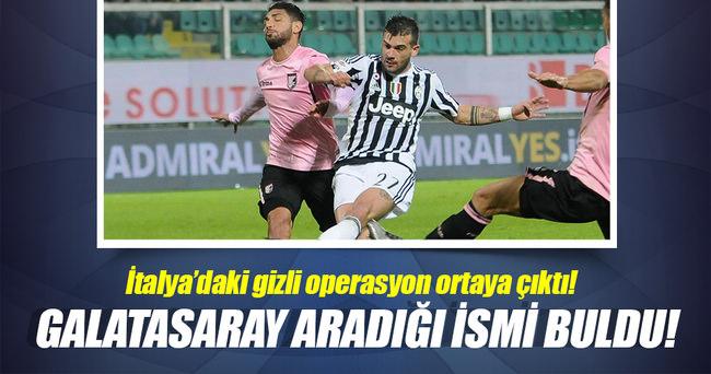 Galatasaray'da sol bek için son aday: Lazaar