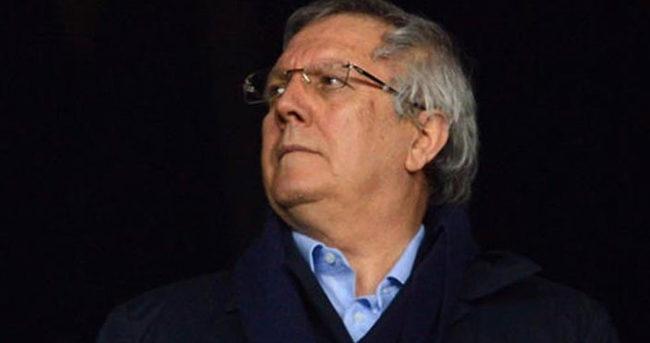 Sarı-lacivertli taraftarlardan Aziz Yıldırım'a istifa çağrısı