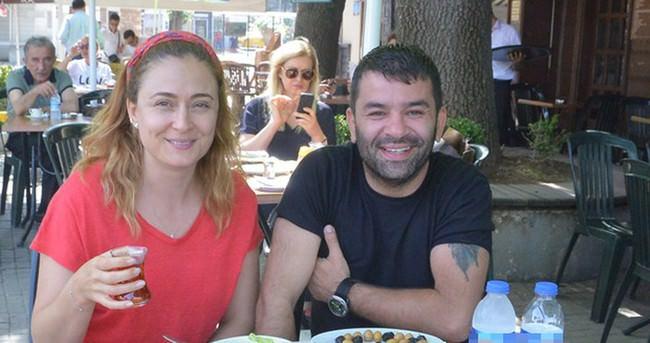 Ceyda Düvenci ve Bülent Şakrak kahvaltıda