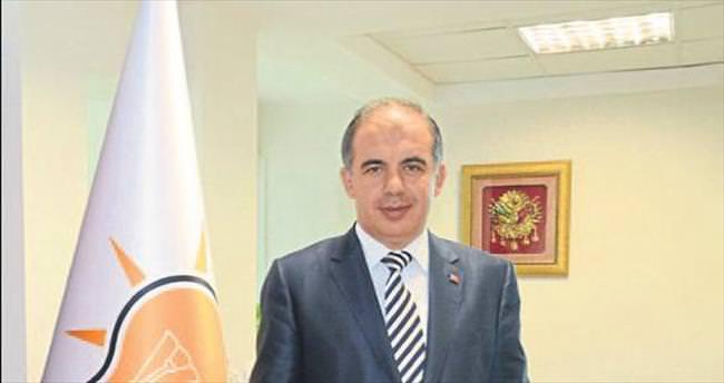 AK Parti İzmir Ramazan için kolları sıvadı