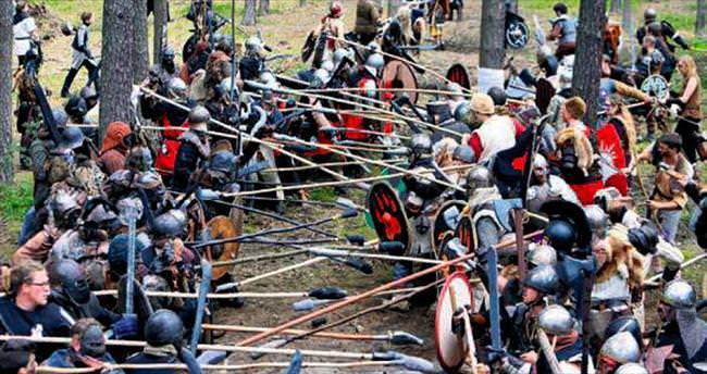 Çek Cumhuriyeti'nde Hobbitler savaştı