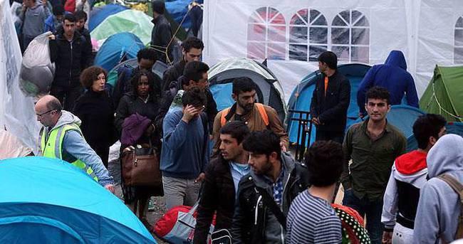 Sığınmacıların kaldığı park boşaltıldı