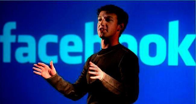 Zuckerberg'in sosyal medya şifreleri kırıldı