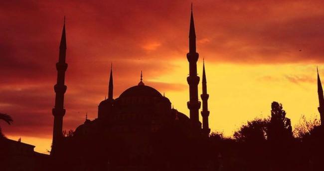İstanbul namaz vakitleri - İstanbul iftar ve sahur saatleri - 7 Haziran 2016