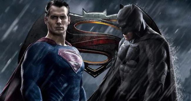 THY'den 'Batman v Superman sürprizi!