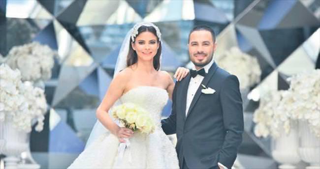 Tescilli güzel evlendi