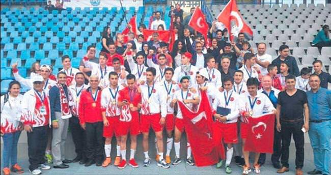Deneme Anadolu Lisesi Avrupa şampiyonu