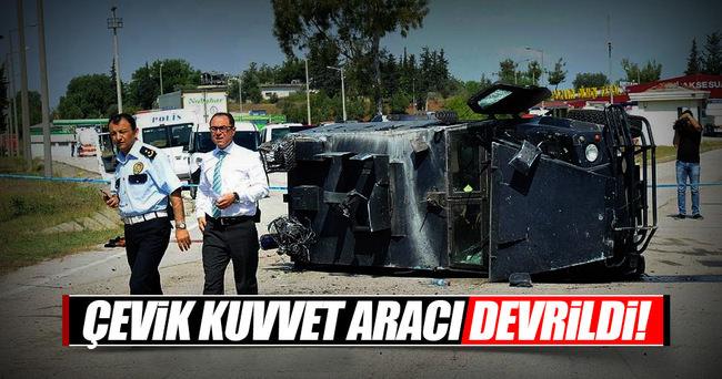Çevik Kuvvet aracı kaza yaptı!