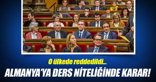 İspanya'da sözde Ermeni soykırımı iddialarına ret!