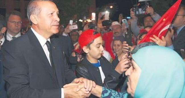 Cumhurbaşkanı Erdoğan'a büyük sevgi