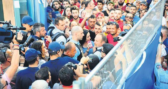 Türk akınına Terim operasyonu
