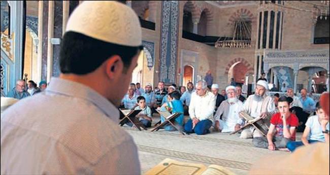Bin 400 yıllık gelenek camilerde yaşatılıyor