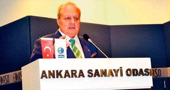 Yüzde 4,8 büyüme Türkiye'nin başarısı