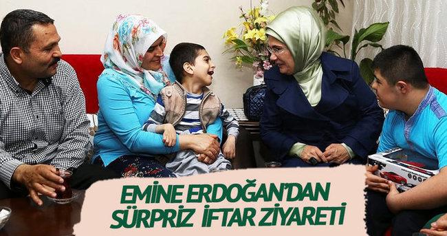 Emine Erdoğan, Sevinmiş Ailesi'ne sürpriz iftar ziyareti yaptı