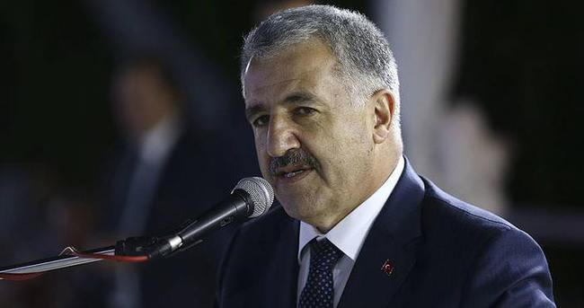 Türkiyeyi hızlı demir ağlarla örmeye devam edeceğiz