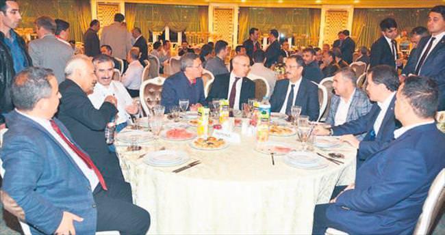 Çevre Bakanı Özhaseki Pursaklar'da sahur yaptı