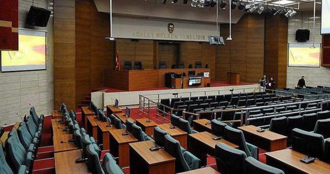 'FETÖ'nün 'VIP Dinleme' iddianamesi kabul edildi