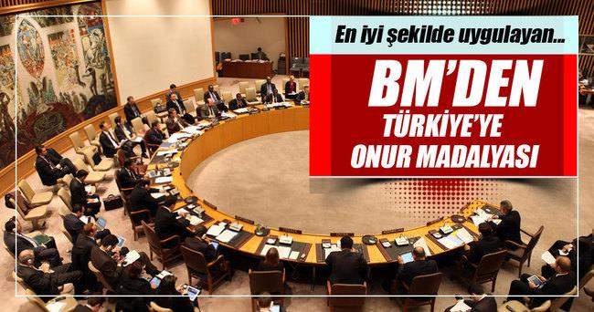 BM'den Türkiye'ye onur madalyası