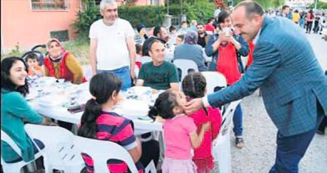 Gölbaşılılar için 'sokak iftarları'