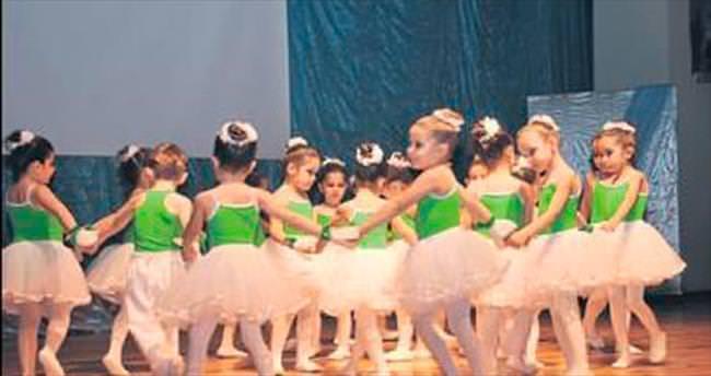 Minikler için bale dans ve ritim kursu