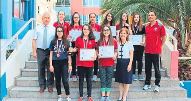 İFK'nın kız takımı Türkiye şampiyonu