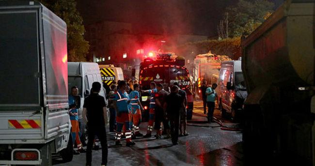 İstanbul Eyüp'te park halindeki 10 araç kundaklandı