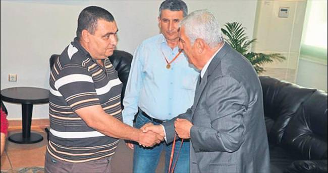 Esnaf Odaları Birliği'nden Filiz'i yakalatanlara Cumhuriyet altını
